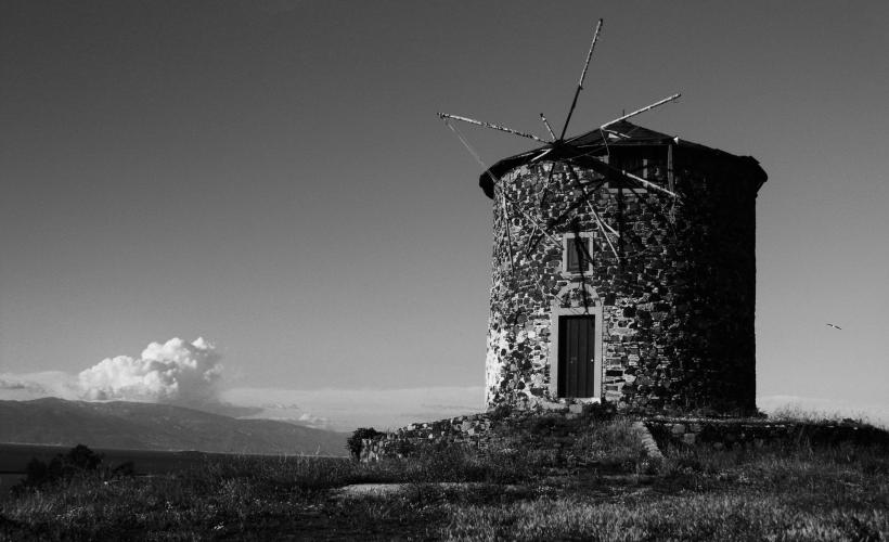 Windmill. Photo by [Arda Çetin](https://unsplash.com/@ardacetin) on Unsplash